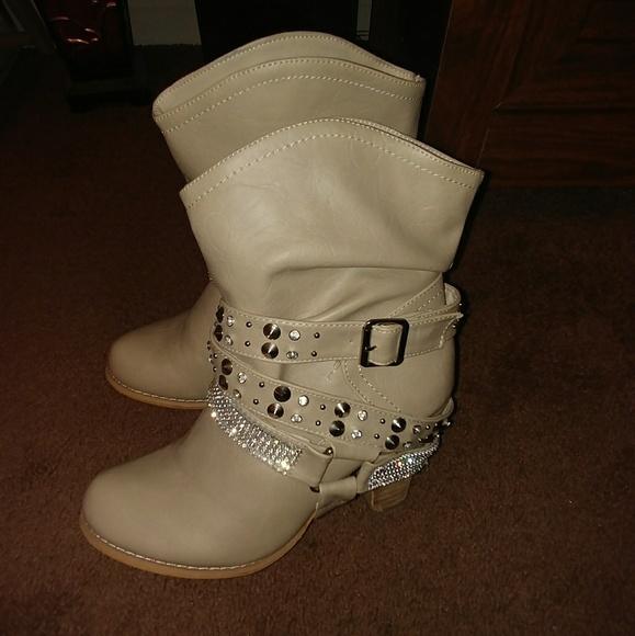 0c1a201c1d4 Bling Boots